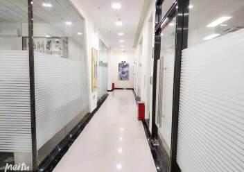 坂田杨美地铁站附近三楼电商产业园精装修厂房仓库300平方出租图片3