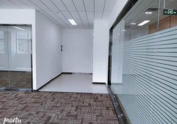 坂田杨美地铁站附近三楼电商产业园精装修厂房仓库300平方出租图片2