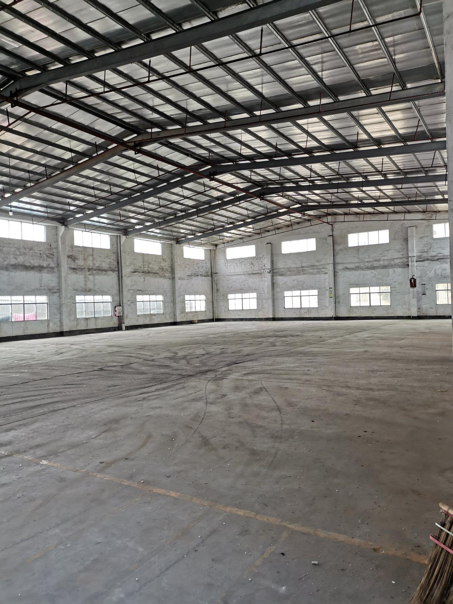 东莞长安新出原房东独院钢构仓库6000平带卸货平台大小可分
