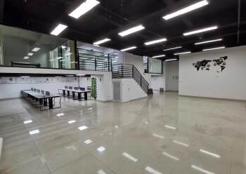 清湖地铁站卫东龙大厦新出精装修368平办公室图片2