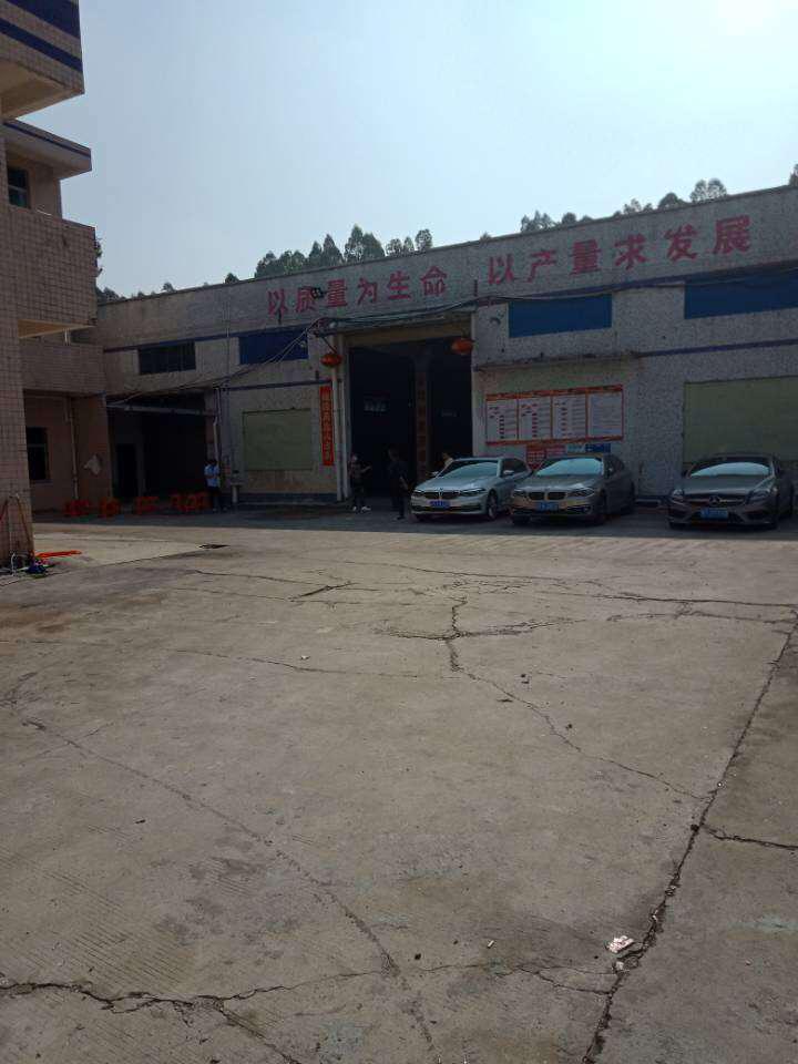 白云区江高镇新出原房东独院厂房2780平出租,适合家具物流