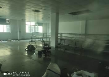 坂田厂房出租,楼上1000平方带装修办公仓库生产车间拎包入住图片3