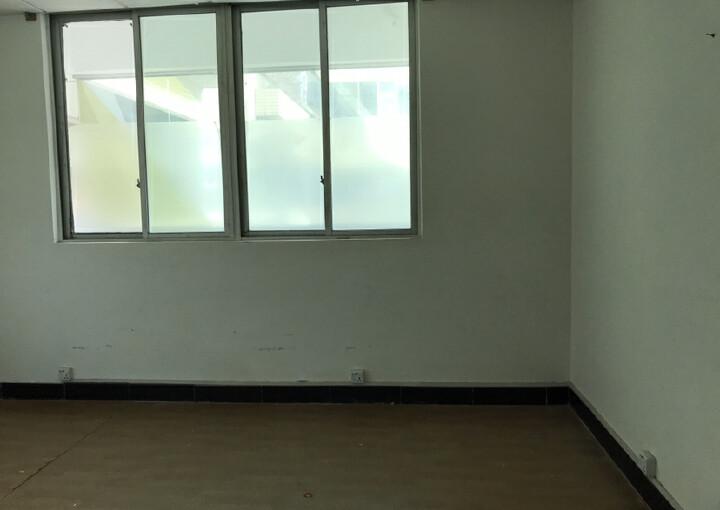 民冶使用率极高的军字楼110平45块原房东直招图片3
