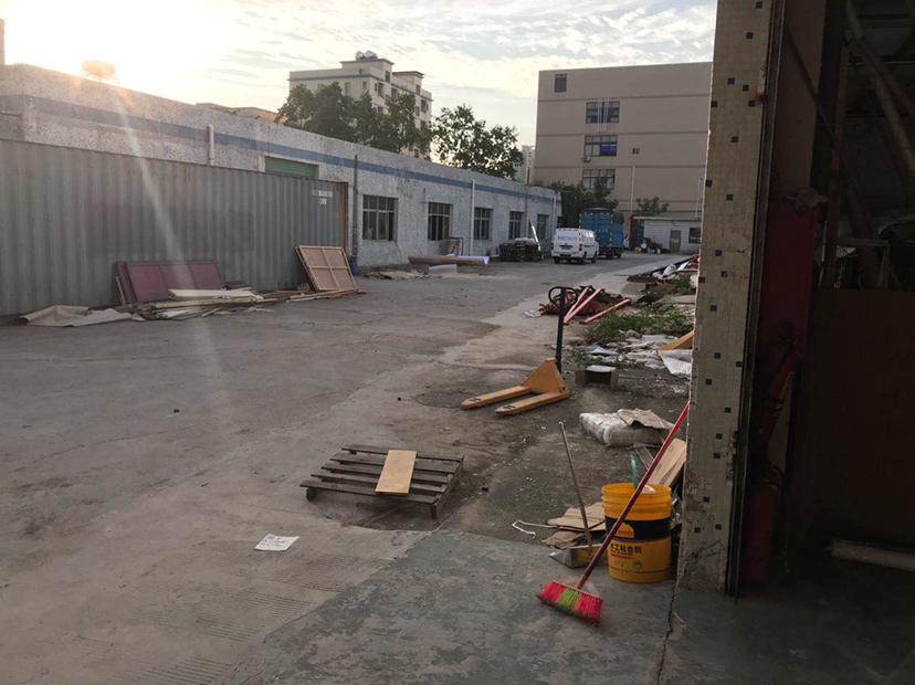 龙岗五联独院单一层一楼标准厂房3200平招租!超大空地