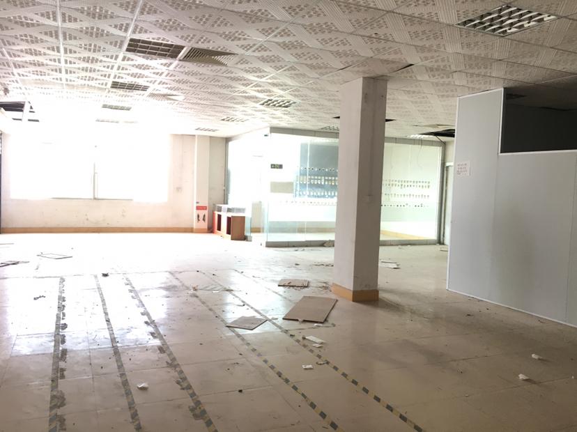 坪山六联工业区3楼整层1000平米厂房15元出租