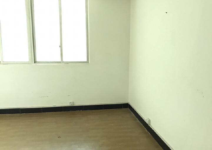 民冶使用率极高的军字楼110平45块原房东直招图片9