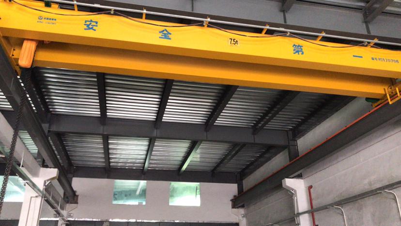 惠州江北重工业一楼800平方带5吨航车