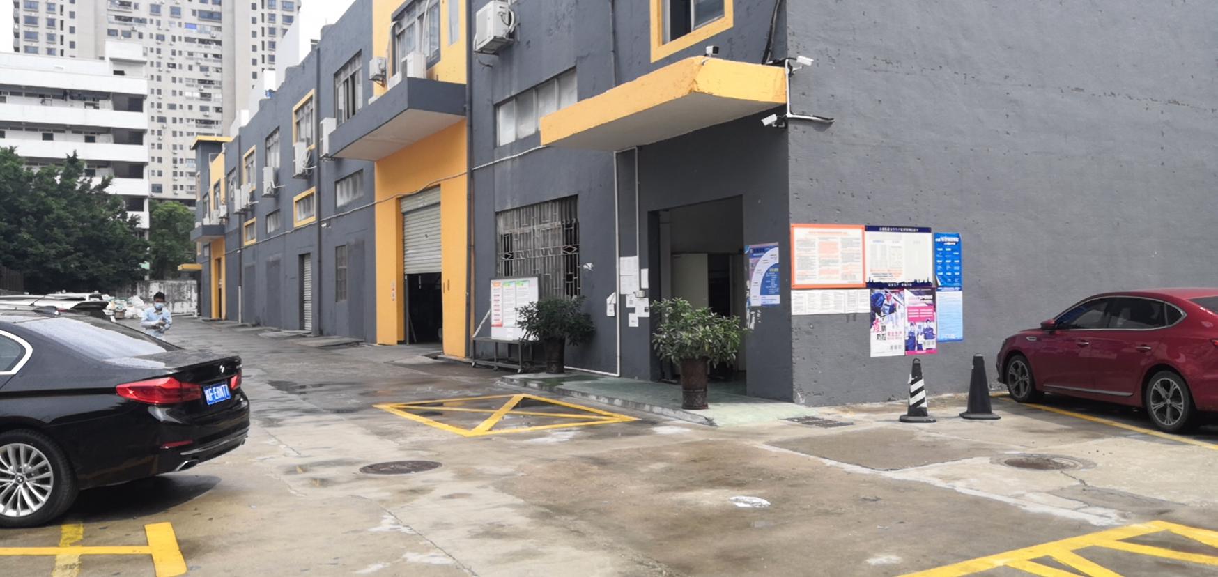 龙华大浪工业区出一楼精装修4000平厂房仓库出租空地大可分租