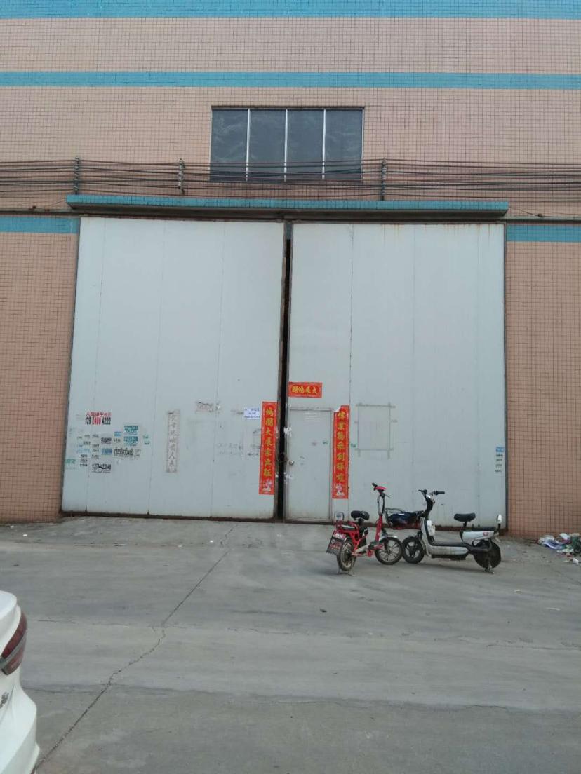 南海松夏燕京啤酒附近独院厂房9米高带牛角1700平方出租