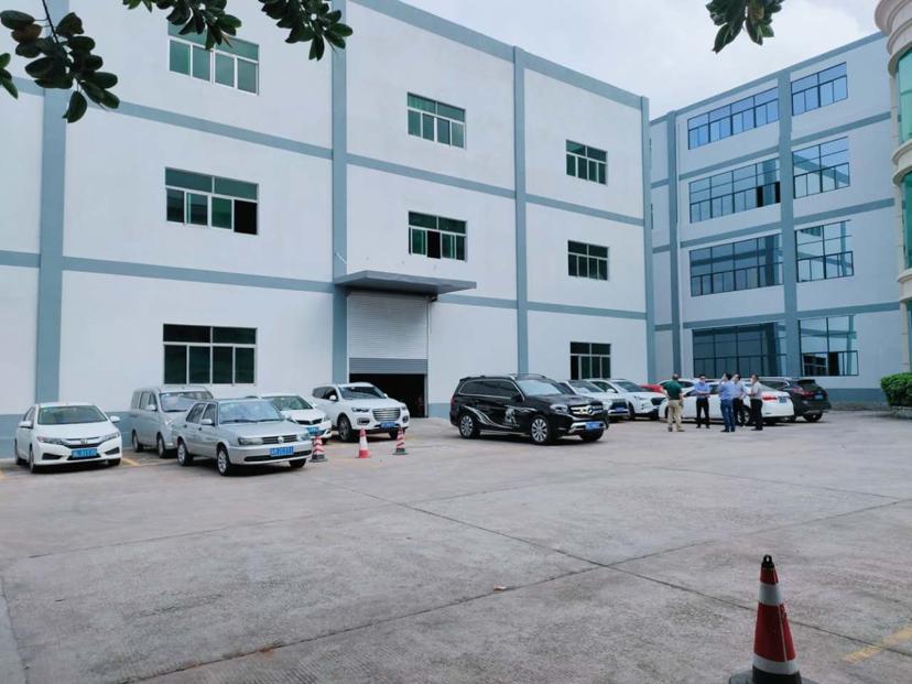 龙岗宝龙科技城一楼标准厂房1100平招租