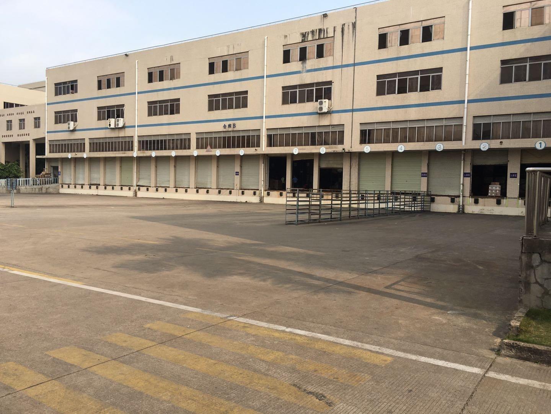 坪山大工业区新出原房东三层厂房16800平方出租带卸货平台