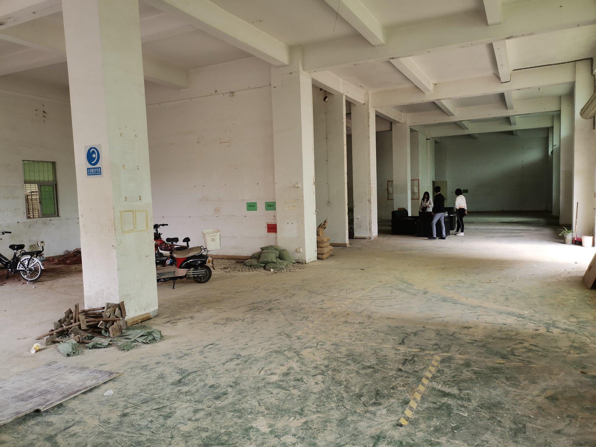 同乐楼上厂房1000㎡带办公室仓库