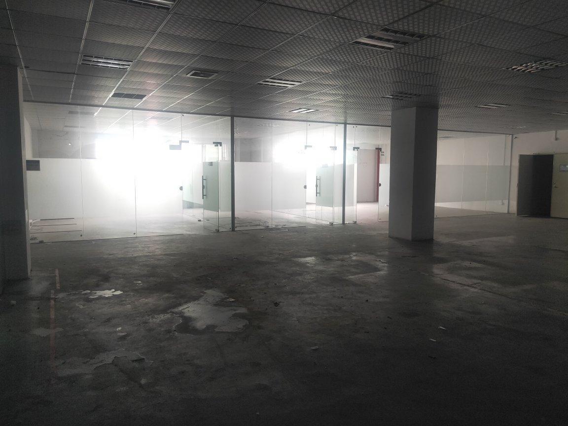 福永白石厦新塘工业区原房东楼上1200平米实际面积厂房出租