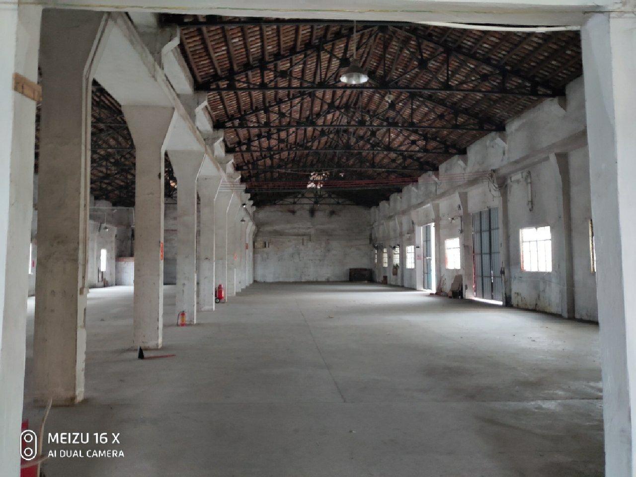 龙江独院厂房出租单一层1900平方