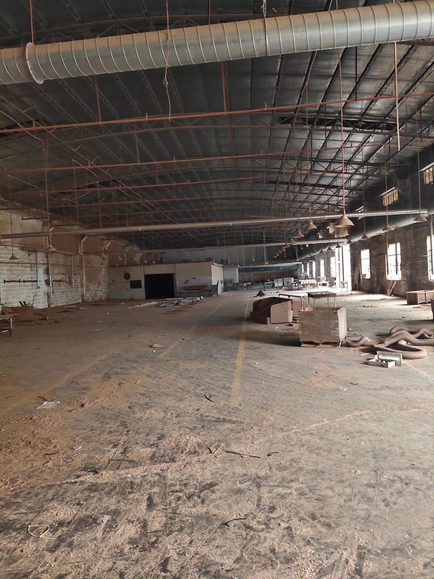 九江镇一万平方米带家具环评和喷油环评厂房招租