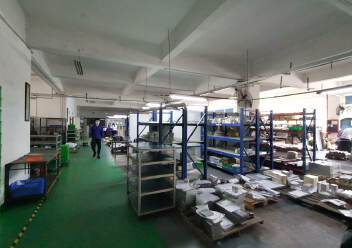 龙华大浪原房东高档工业园精装修办公室带车间有大前台图片1