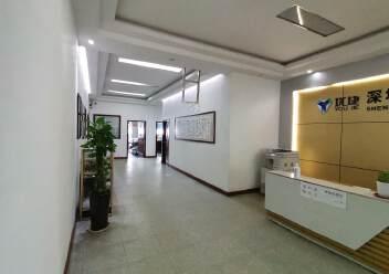 龙华大浪原房东高档工业园精装修办公室带车间有大前台图片2