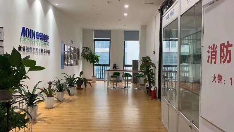 龙华新区新出适合研发办公厂房出租859.92平厂房81%使用