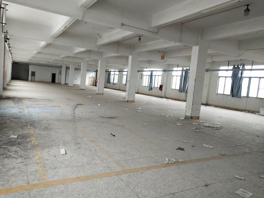 坪山六联高铁站旁边厂房招租每层1200平方出租!