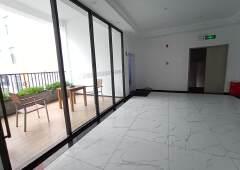 洪浪北地铁口300米精装办公室出租带隔间57平起租