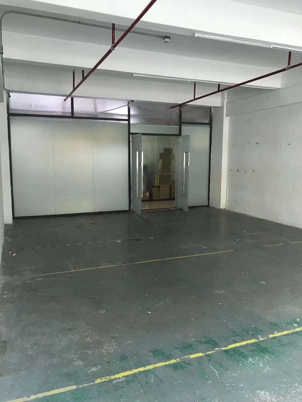 布吉丹竹头丹平快速厂房仓库出租:一楼400平米,700平米
