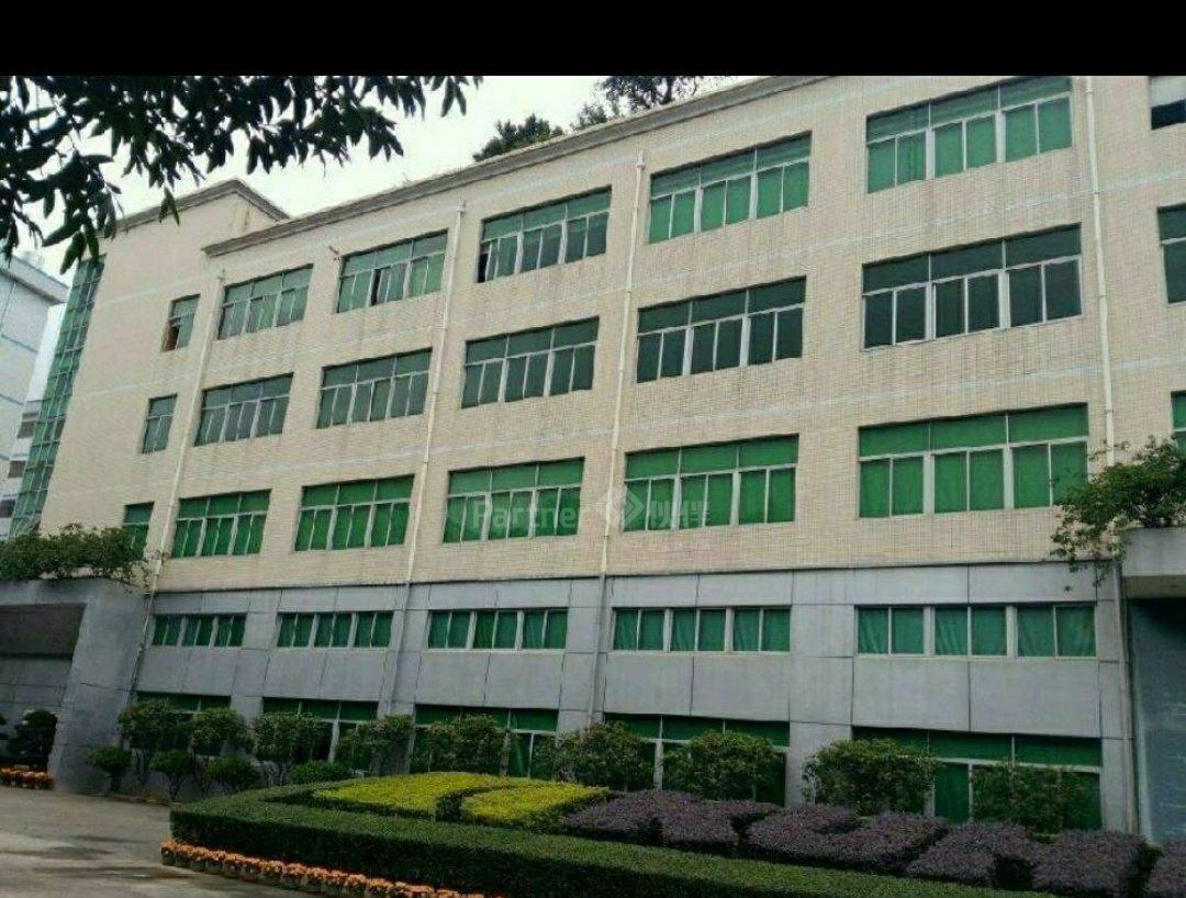 特价!石岩红本工业园出售,建筑19870平方