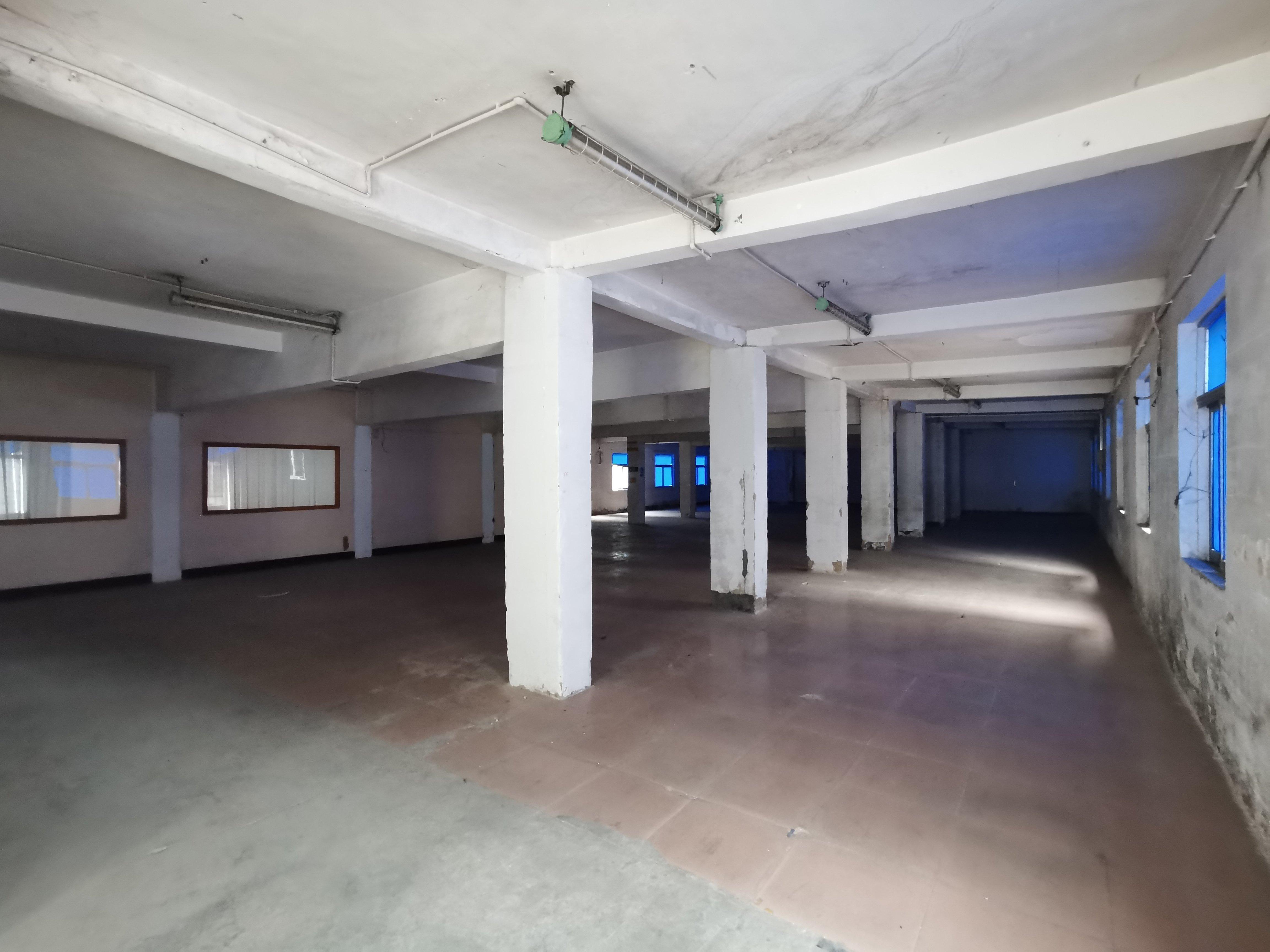 布吉南湾街道丹竹头一楼530平厂房仓库出租