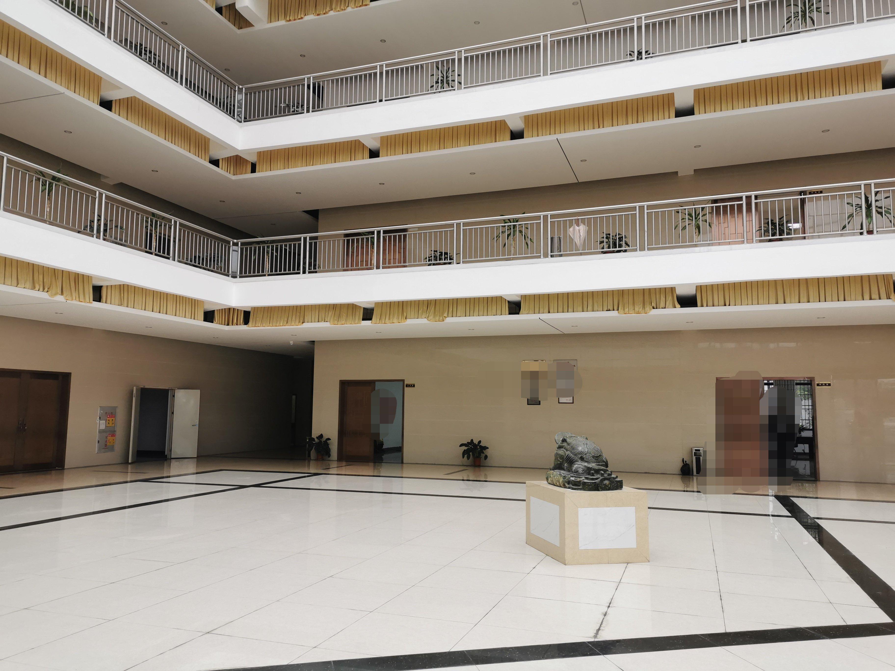 滴水13米高厂房5万平米配有天燃气蒸汽包过喷油漆酸洗等环评