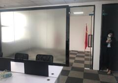 龙华油松,128平小户型办公室,已隔好隔间