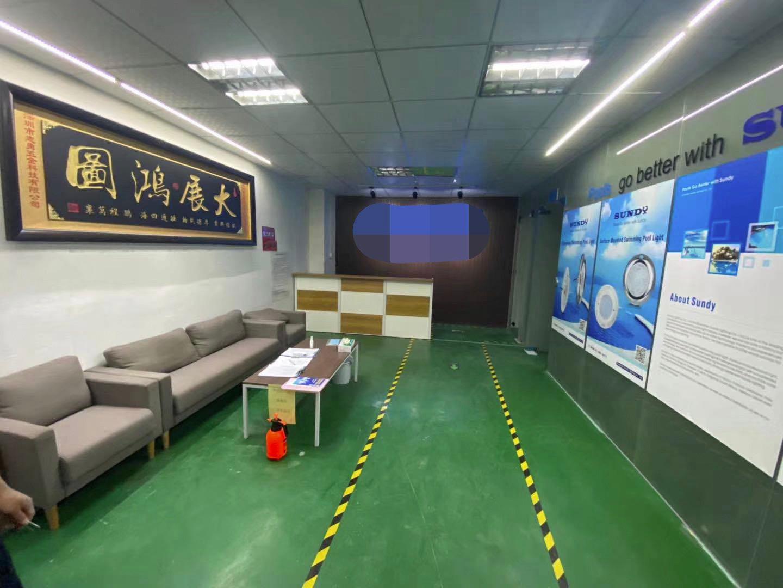 深圳市玉律新出楼上豪华精装修800平米厂房出招租拎包生产!!
