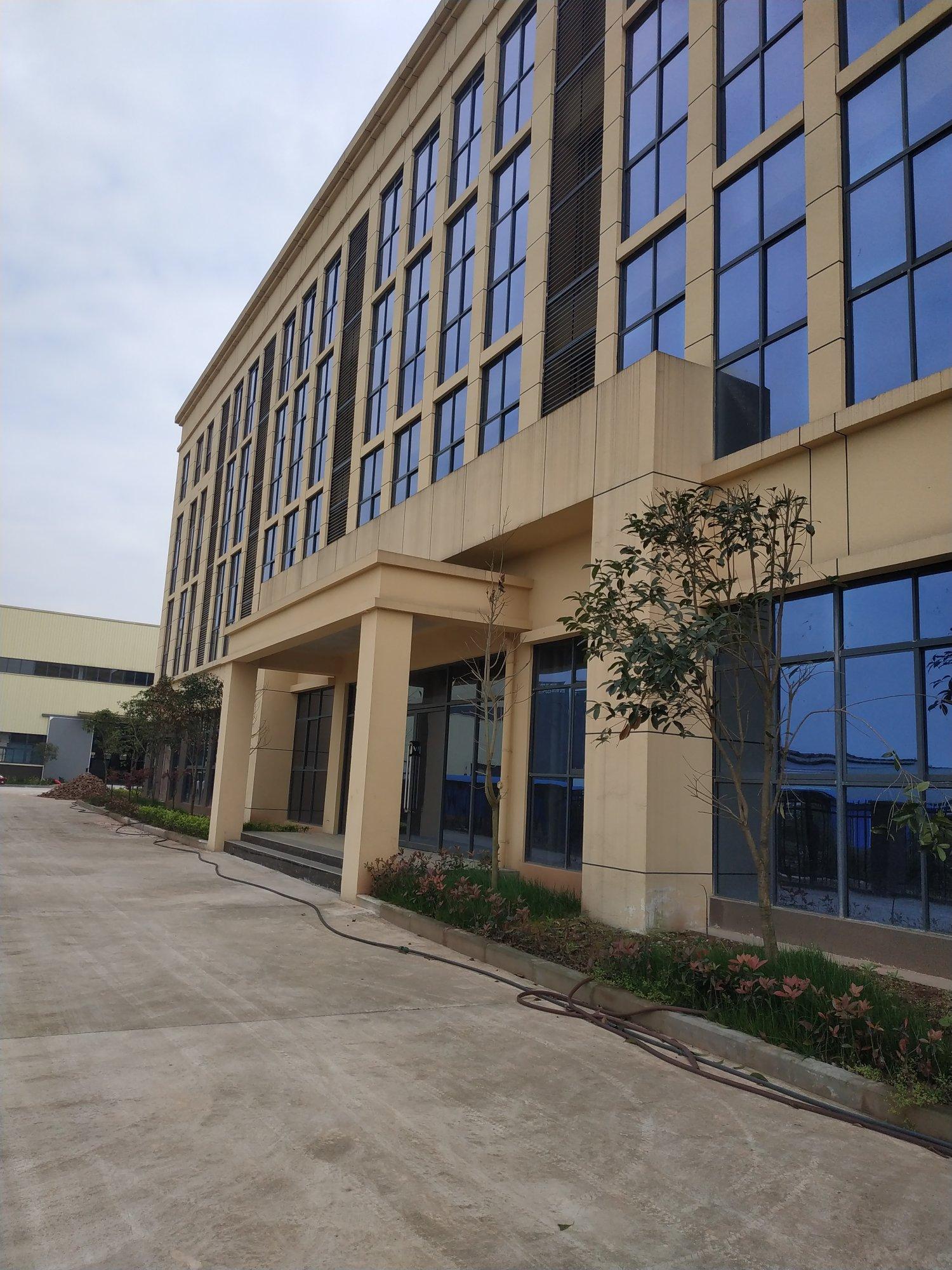 重庆九龙坡西彭工业园区标准厂房层高12米准现房带牛腿办公室