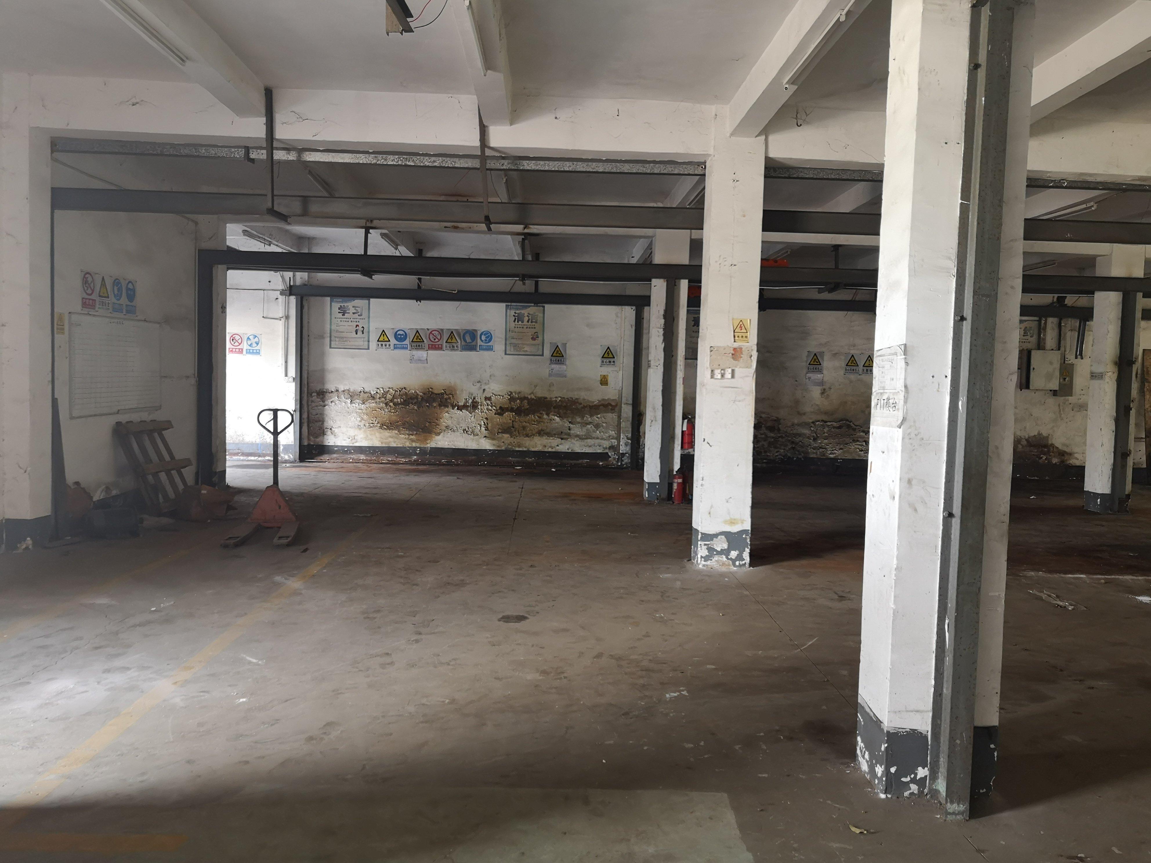 坪地新出300平标准一楼厂房出租