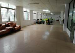 天河广棠楼上精装办公室700平带家私直接拎包入住价格实惠