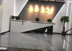 福永地铁口新出1200平豪华装修办公室户型方正,光线超好,