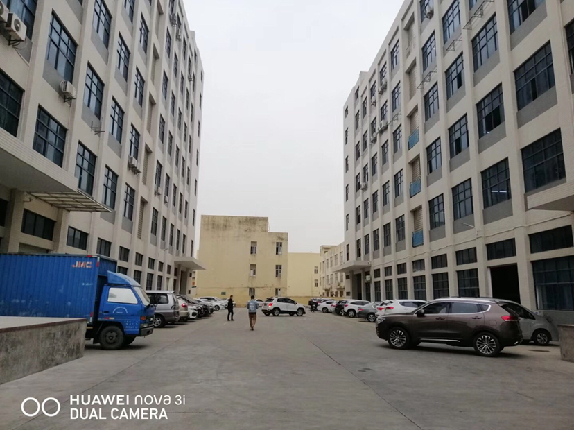 公明将石大型园区一楼2440平米出租