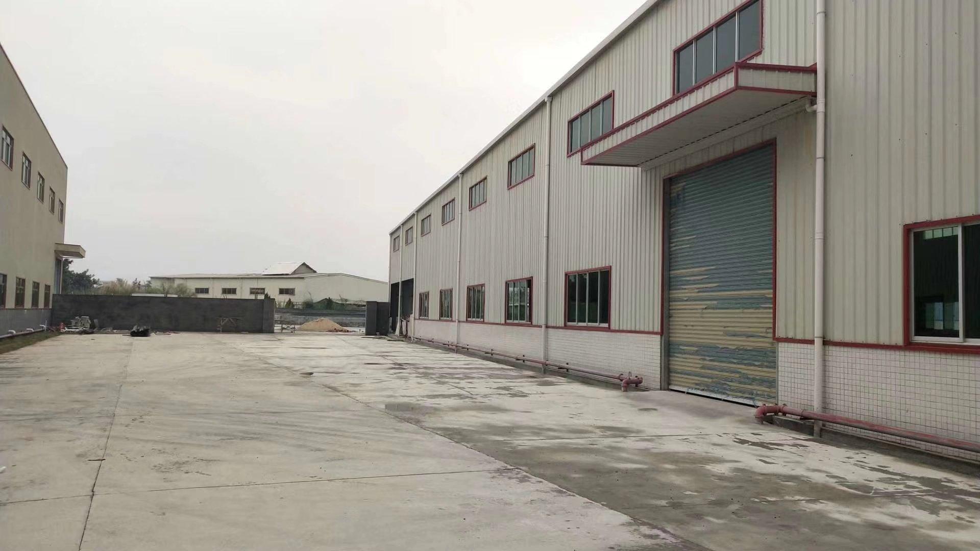 福田镇广汕公路旁边工业区单一层1200平方出租