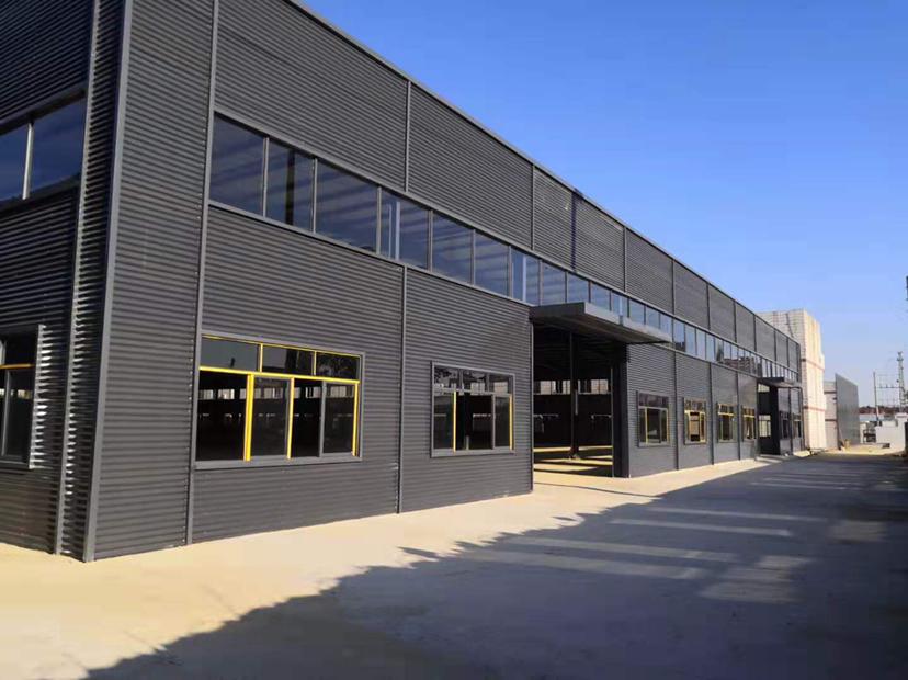 3000平滴水8米钢结构厂房出租有红本位于坪山大工业区
