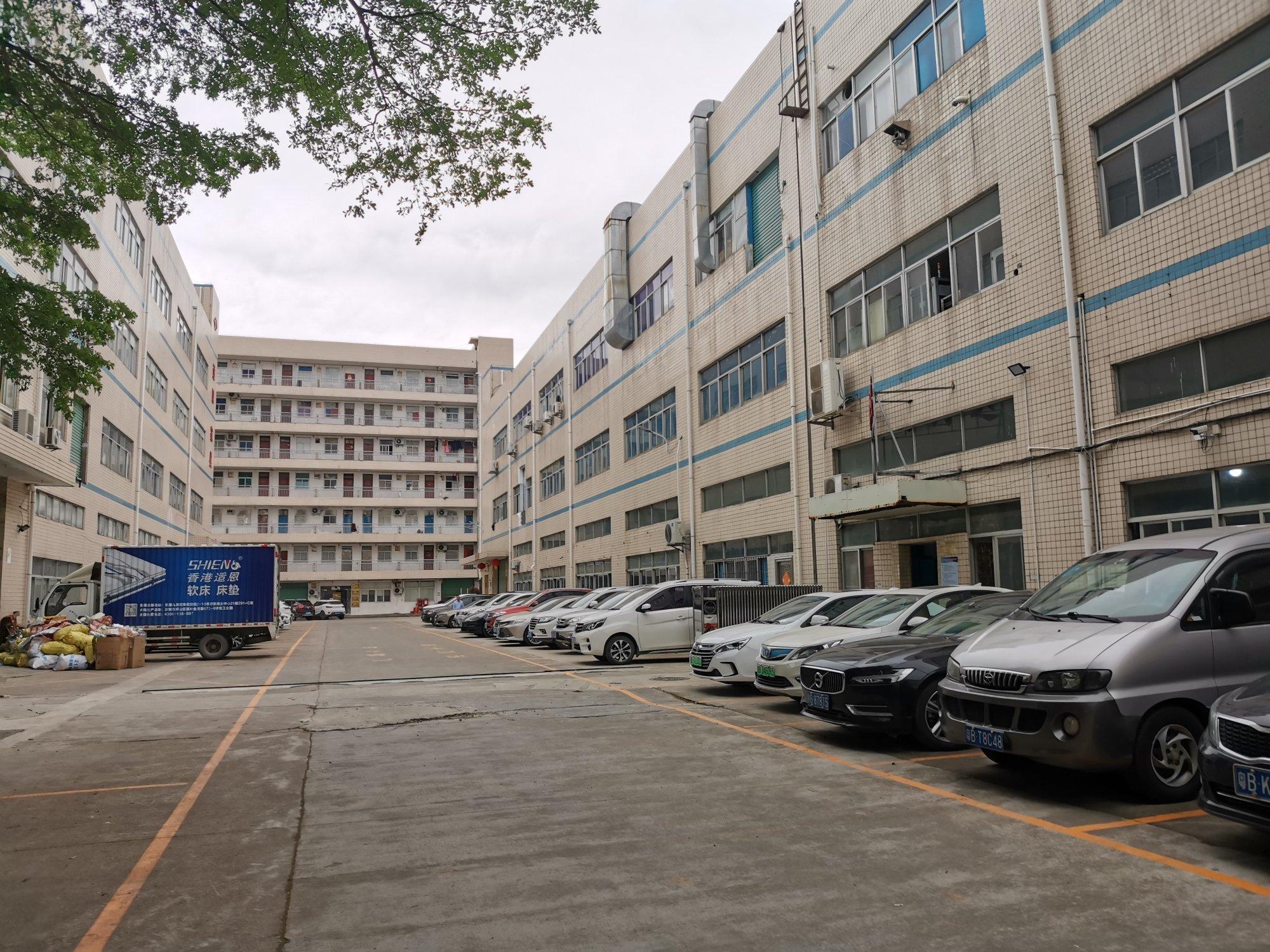 龙岗同乐新出原房东独院厂房,一楼高7米厂房2400平方单层