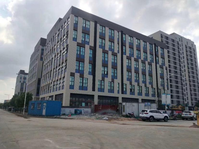 福永立新湖商业楼盘2500平出租