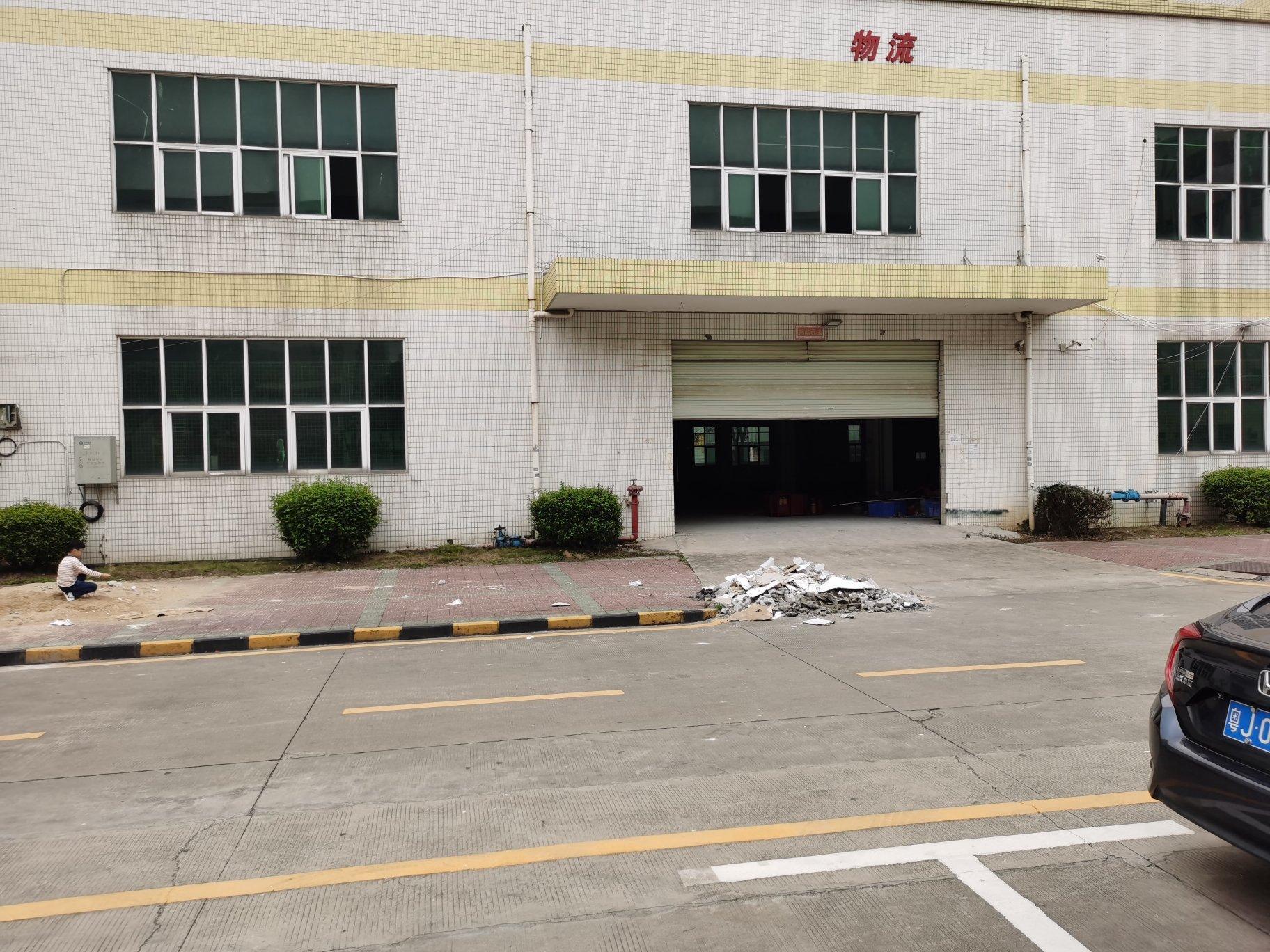 沙井和一锦程路边大型工业园一楼物流仓库2800平方厂房出租