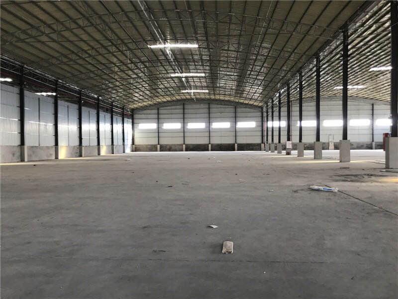龙岗坪地一楼2238平高9米原房東独院红本厂房仓库出租精装修