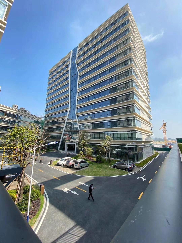 厚街镇花园式独栋研发厂房层高仅有三层高