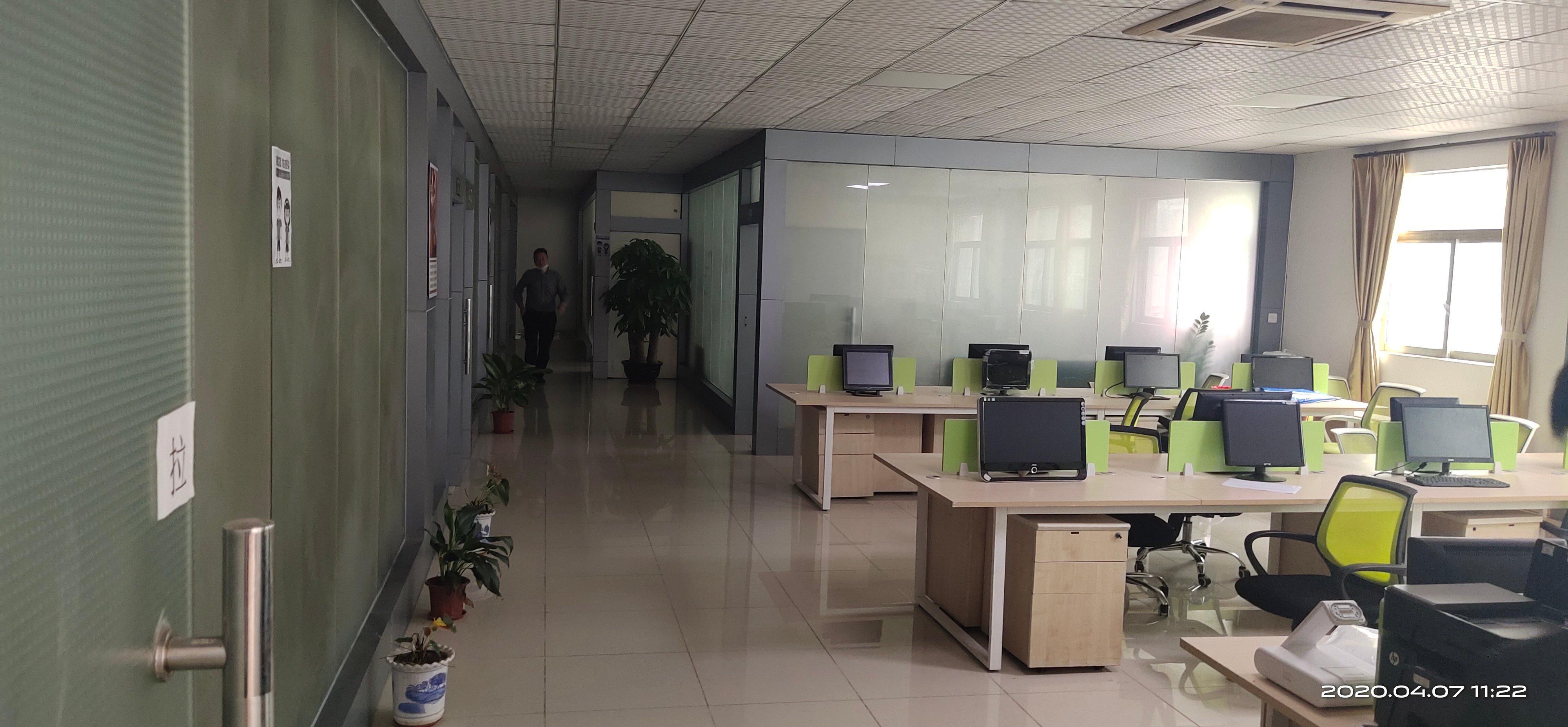 福永塘尾原房东二楼1000平厂房出租超大空地可大小分租