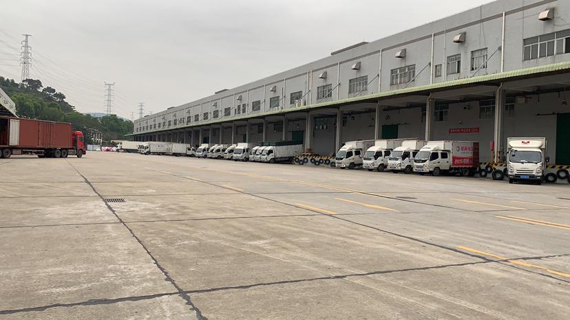 东城牛山高台仓库分租5000方,空地超大,可以停飞机!