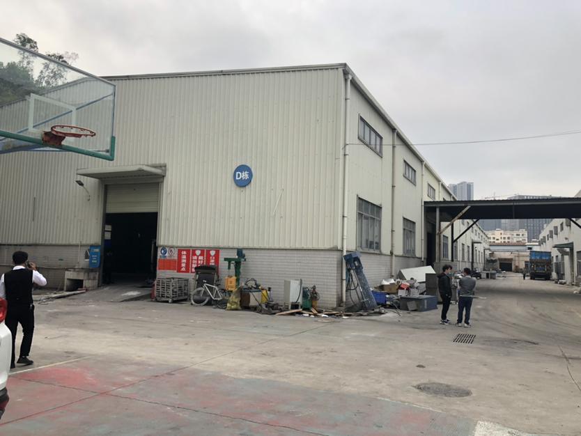 西丽街道靠塘朗一楼3000平米厂房最小分租138平米可做仓库