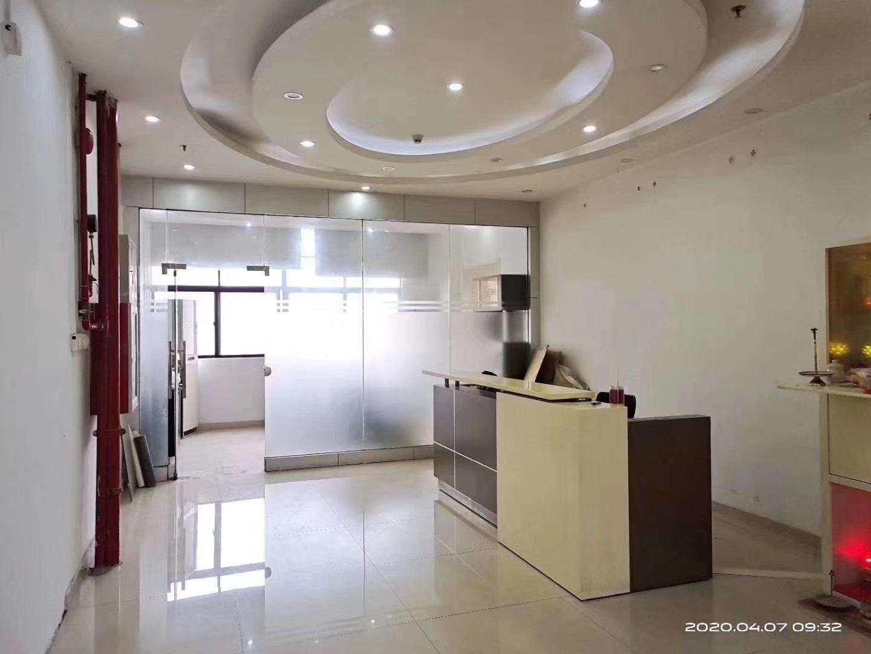 公明上村莲塘科技园4楼整层1100平方,带前台、会议室