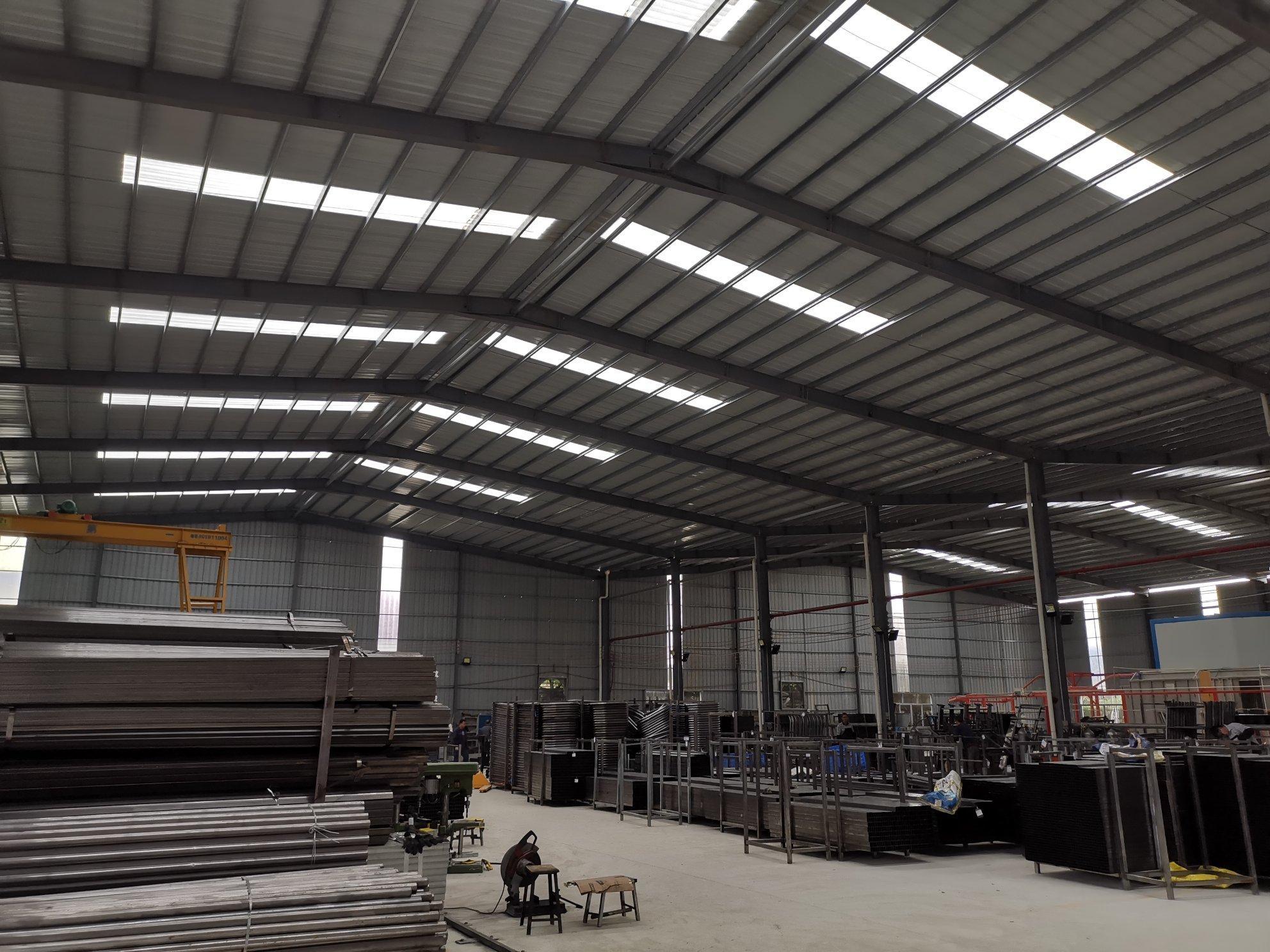 博罗县国道边钢构厂房5400平米出售,投资首选!