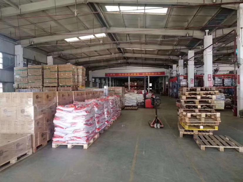 龙华大浪新出带卸货平台8000平适合物流仓库等