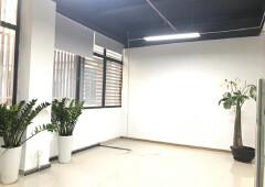 龙华元芬地铁口,1+1格局办公室