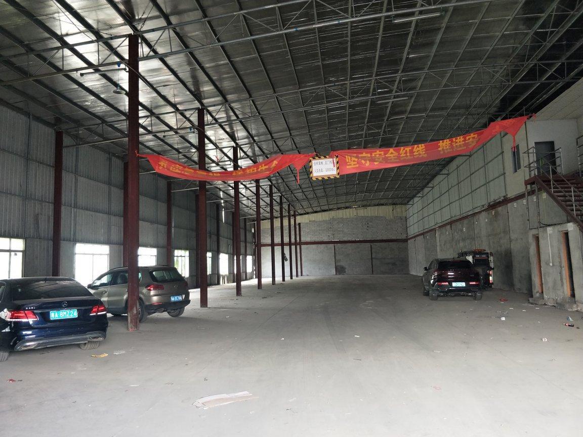 广州市海珠区新出厂2000平仓库出租